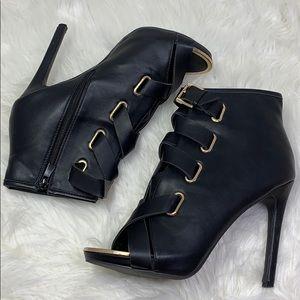 Forever black open toe heels w/ankle strap sz 10